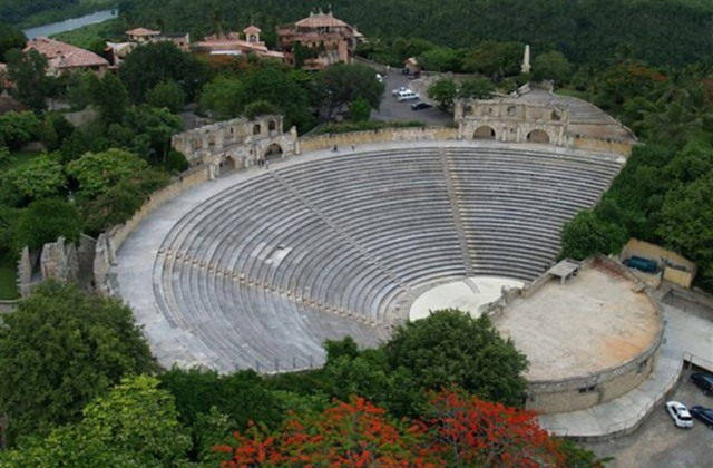 Amphitheater Altos de Chavon Dominican